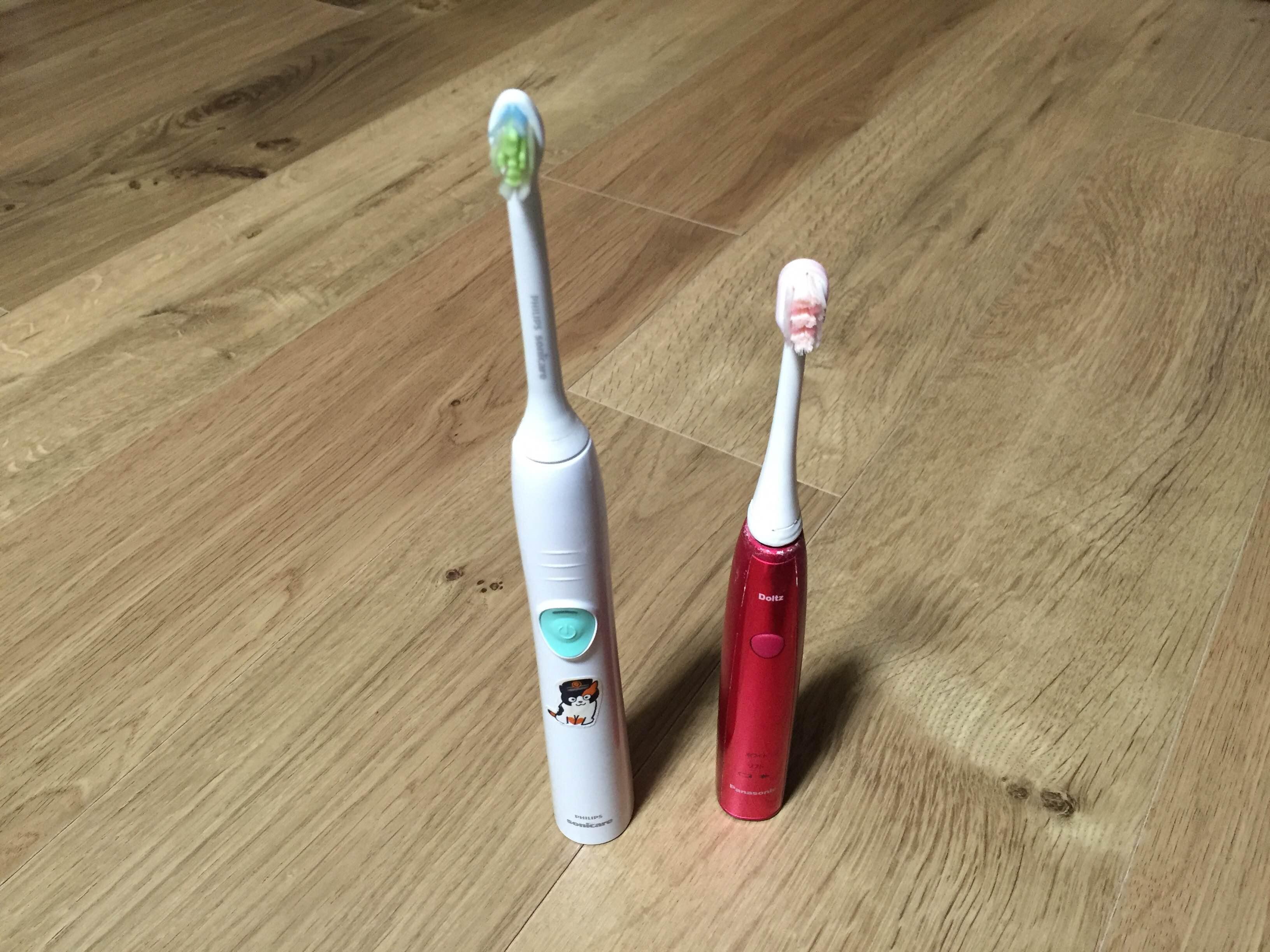 電動歯ブラシ(ドルツとフィリップスのソニッケアー)